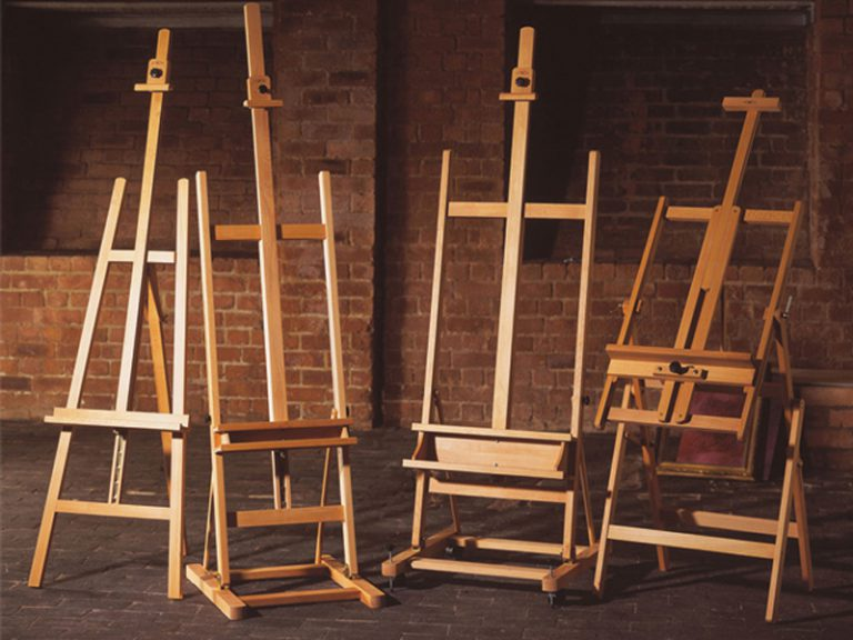 The World Of Easels Sophie Ploeg