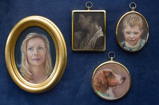 Sophie Ploeg, several miniatures ranging from 11-7cm incl. frame.
